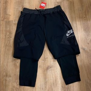 Nike Internation 2 in 1 Short with Tights sz L